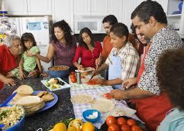 hispanic-people-food