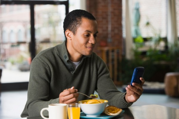 Can Your Cell Phone Help You Eat Healthy And Lose Weight