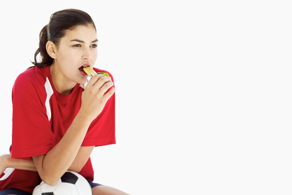 ThinkstockPhotos-57306715-exercise-eating-weight-loss
